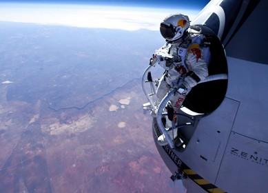 Felix Baumgartner Sky Dive