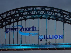 TYNE BRIDGE AND BLUE LOGO close