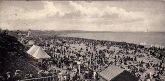 Soggie Seaside Sandwiches - PC 1913 WHITLEY BAY